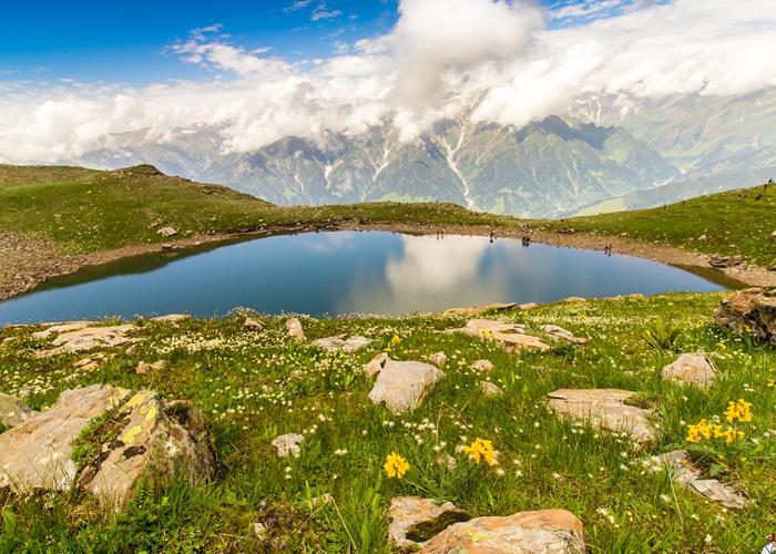Bhrigu Lake Trek 6