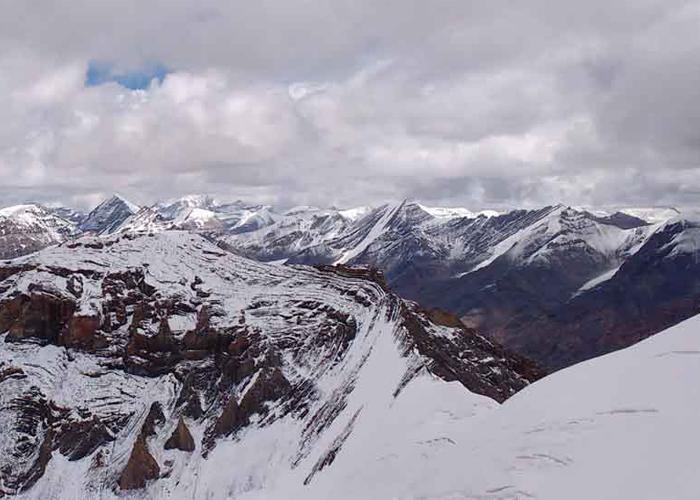 Kanamo Peak Trek 10