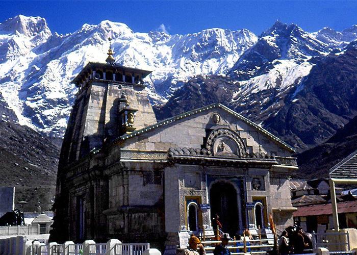 Kedarnath temple in winters