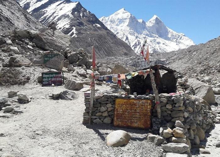 Gaumukh Tapovan Camping Spot